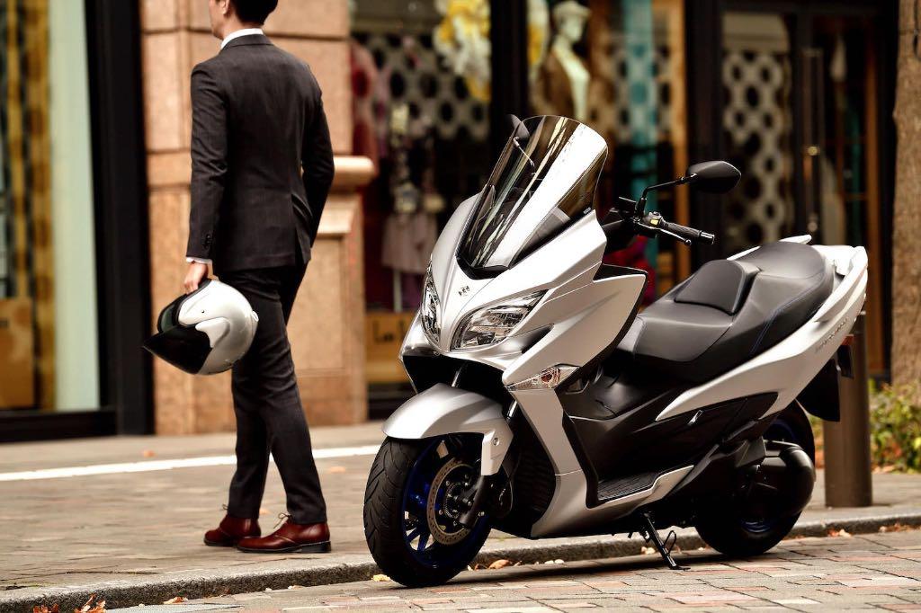 Suzuki-Burgman-2021.jpg
